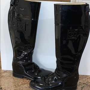 BEAUTIFUL CHANEL Patent Leather Boots!
